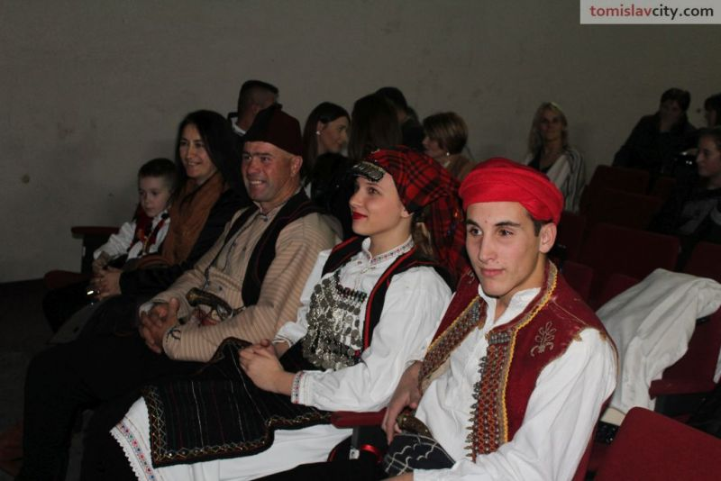b_800_600_0_00_images_Kultura_Hajduk_Mijat_Tomic_premijera_IMG_0937