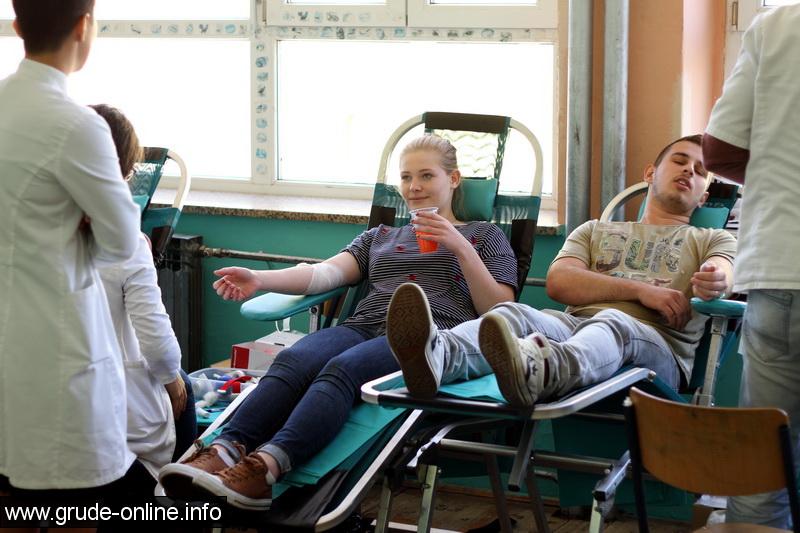 darivanje-krvi-za-maturante-6