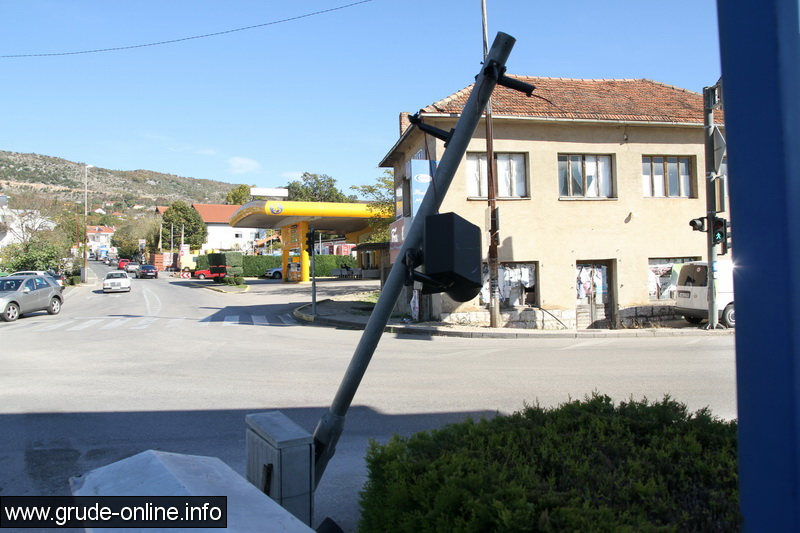 semafor-grude-1
