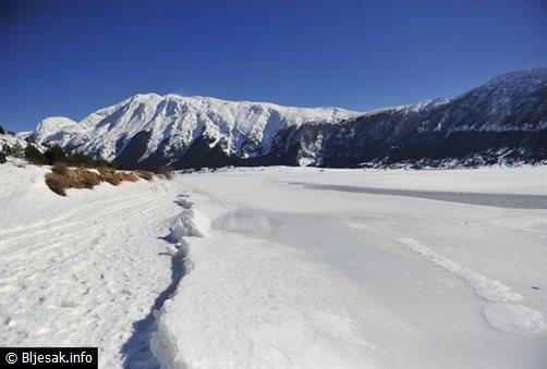 blidinjsko-jezero-led3